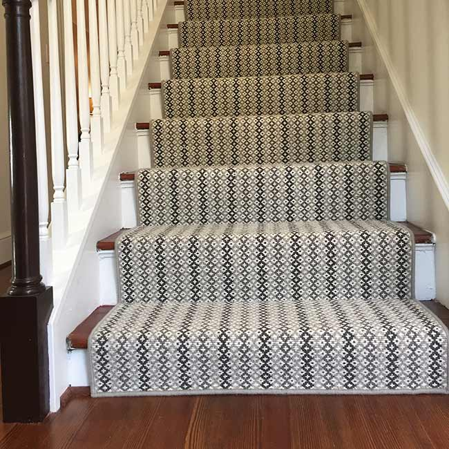 beautifying any application: quincey as runner on stairs