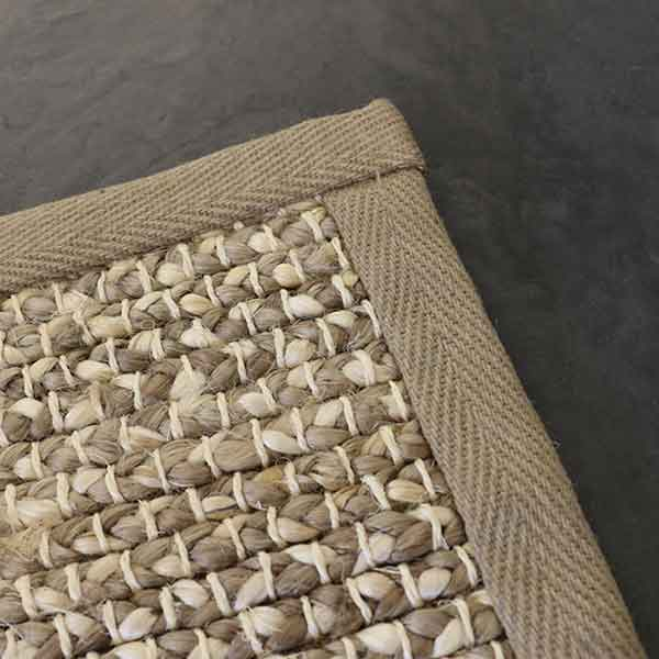 close-up: tortington bound area rug in color pearl