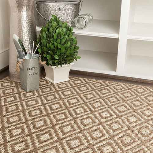 poling diamond shaped pattern rug