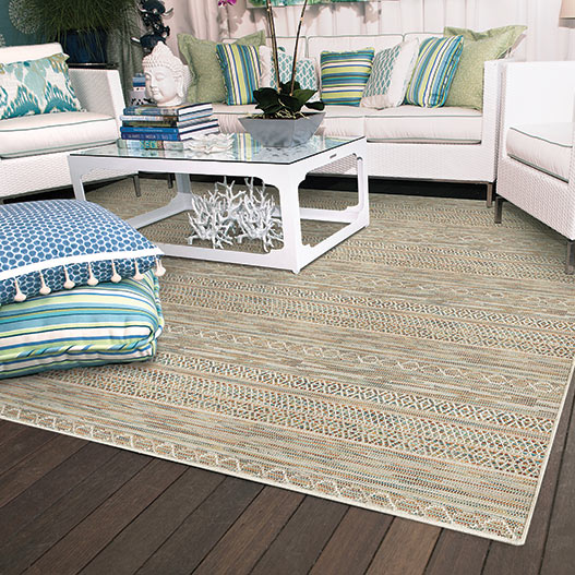 beach house ambience: tulum as an outdoor area rug with a serged edge (color quartz)