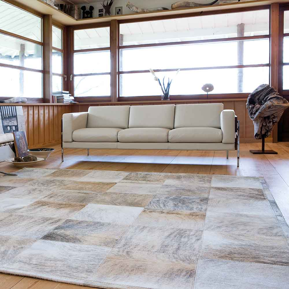 complements other natural elements like wood